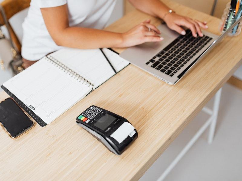 Cum se achita online cu cardul tbi credit